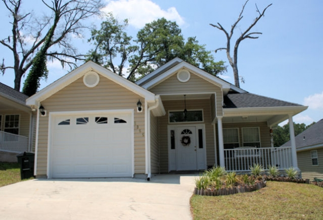 Crescent Hills Tallahassee Neighborhood Home For Sale